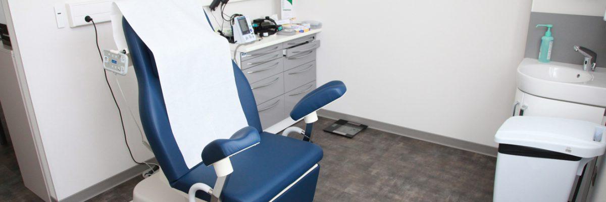 Fauteuil de consultation radiothérapie et chimiothérapie du Centre Saint Jean